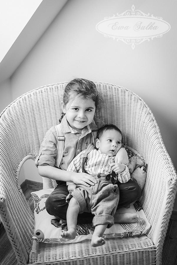 zdjęcia dzieci wrocław fotografia dziecieca wrocław sesja domowa Aleks Leo 2