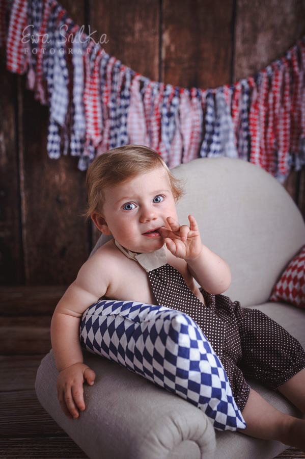 fotografia-dziecieca-wroclaw-fotografia-noworodkowa-wroclaw-sesja-noworodkowa-sesja-dziecieca-zdjecia-dzieci-noworodkowe-ciazowe-wroclaw-1