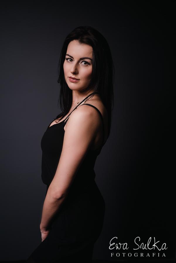 fotografia-kobieca-wroclaw-sesja-kobieca-wroclaw-sesja-dla-kobiety-glamour-beauty-27