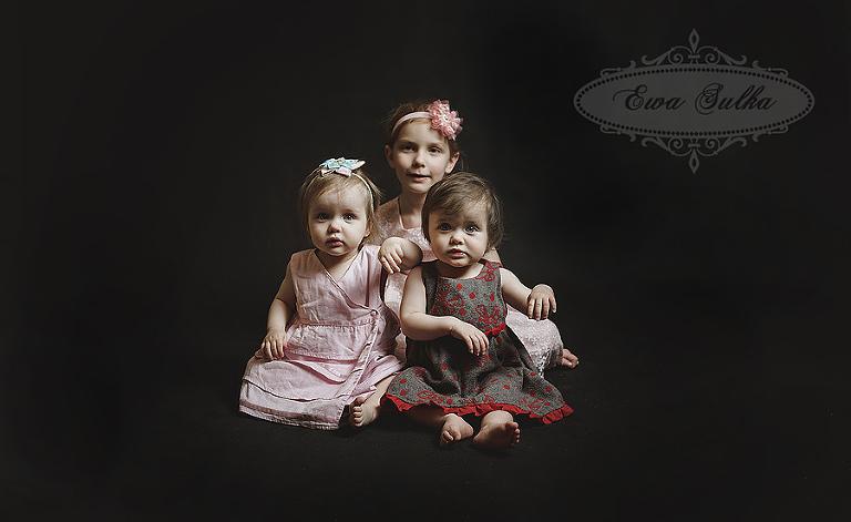 zdjęcia dzieci wrocław fotografia dziecieca wrocław sesja domowa rodzinnie bliźnięta 2