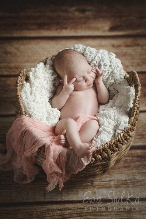 _SUL8705fotografia dziecięca sesja dzieci fotograf dzieci bezpieczna sesja nowowrodkowa Alicja 10