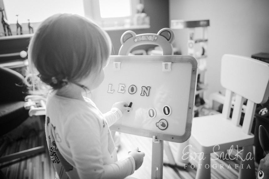 zdjęcia dzieci fotografia dziecięca wrocław sesja domowa 10