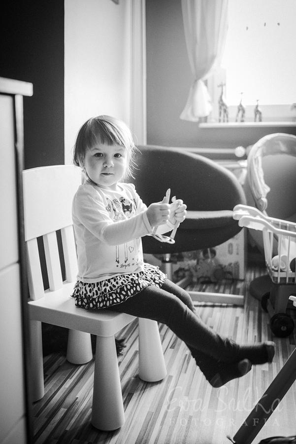 zdjęcia dzieci fotografia dziecięca wrocław sesja domowa 8