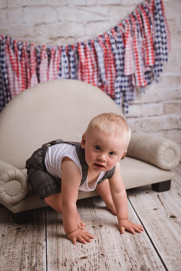 fotografia-noworodkowa-wroclaw-fotografia-dziecieca-sesja-noworodkowa-dziecieca-zdjecia-dzieci-wroclaw-1