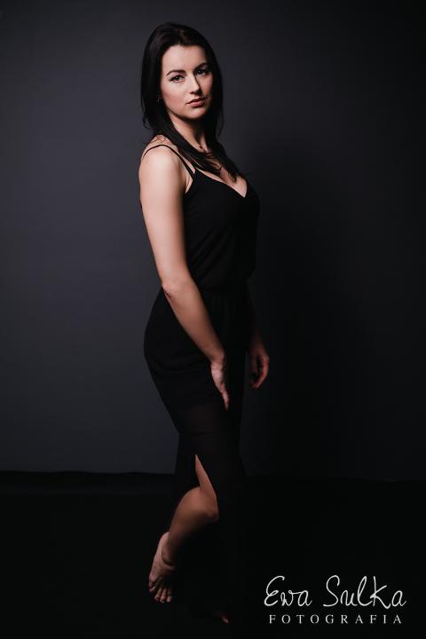 fotografia-kobieca-wroclaw-sesja-kobieca-wroclaw-sesja-dla-kobiety-glamour-beauty-33